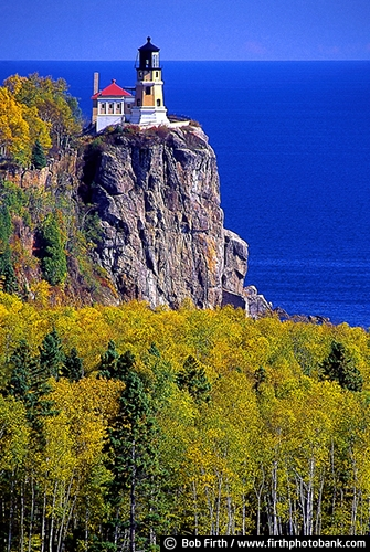 destination;fall colors;Great Lakes;Kitchi Gammi;Lake Superior;Minnesota;Minnesotas North Shore;MN;North Shore Scenic Drive;Split Rock Light Station;Split Rock Lighthouse State Park;tourism;trees;woodlands;blue sky