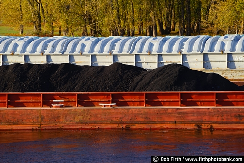 barge;coal;industry;Mighty Mississippi;Minnesota;Mississippi River;MN;shipping;transportation;water;WI;Wisconsin